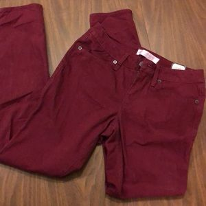 NWT- Burgundy Pants, Skinny Fit- Size juniors 7